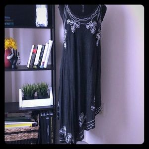 Dresses & Skirts - NWT swimsuit cover